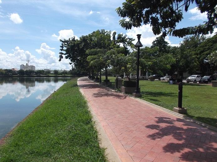 Beautiful_Buriram_City_Centre6.1