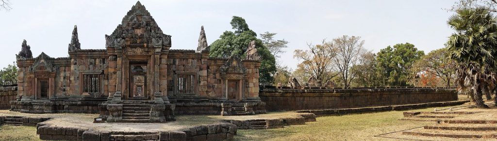 The Ancient Khymer Temple of Prasat Muang Tam