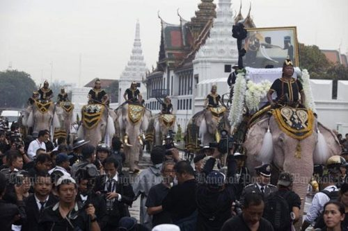 Mahouts And Elephants Pay Their Respects To His Majesty