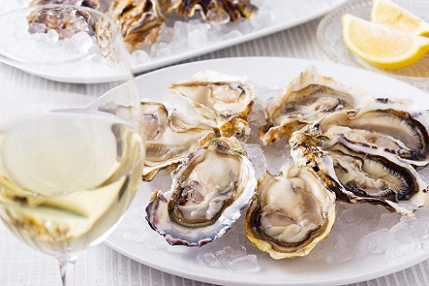 t_degustation-huitres-vin-blanc-saint-raphael-l-escale