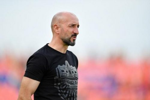 Buriram United Coach Handed 3 Months Ban Following Slapping Incident