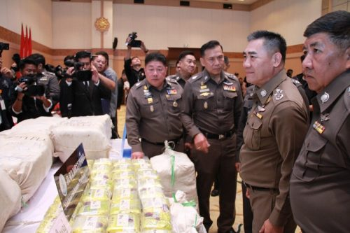 """Man Arrested After """"Ice"""" Worth Over A Billion Baht Is Seized"""
