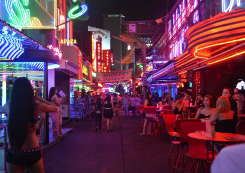 British Tourist Checks Out In Style In Soi Cowboy Go-Go Bar