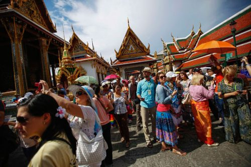 Foreign Tourists Exceed 10 Million In First Quarter