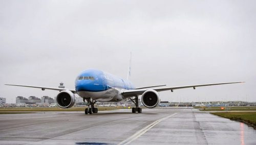 "Overheating Smartphone On KLM Flight Has Forced Authorities To Re-Examine ""Batteries On Planes"" Issue"
